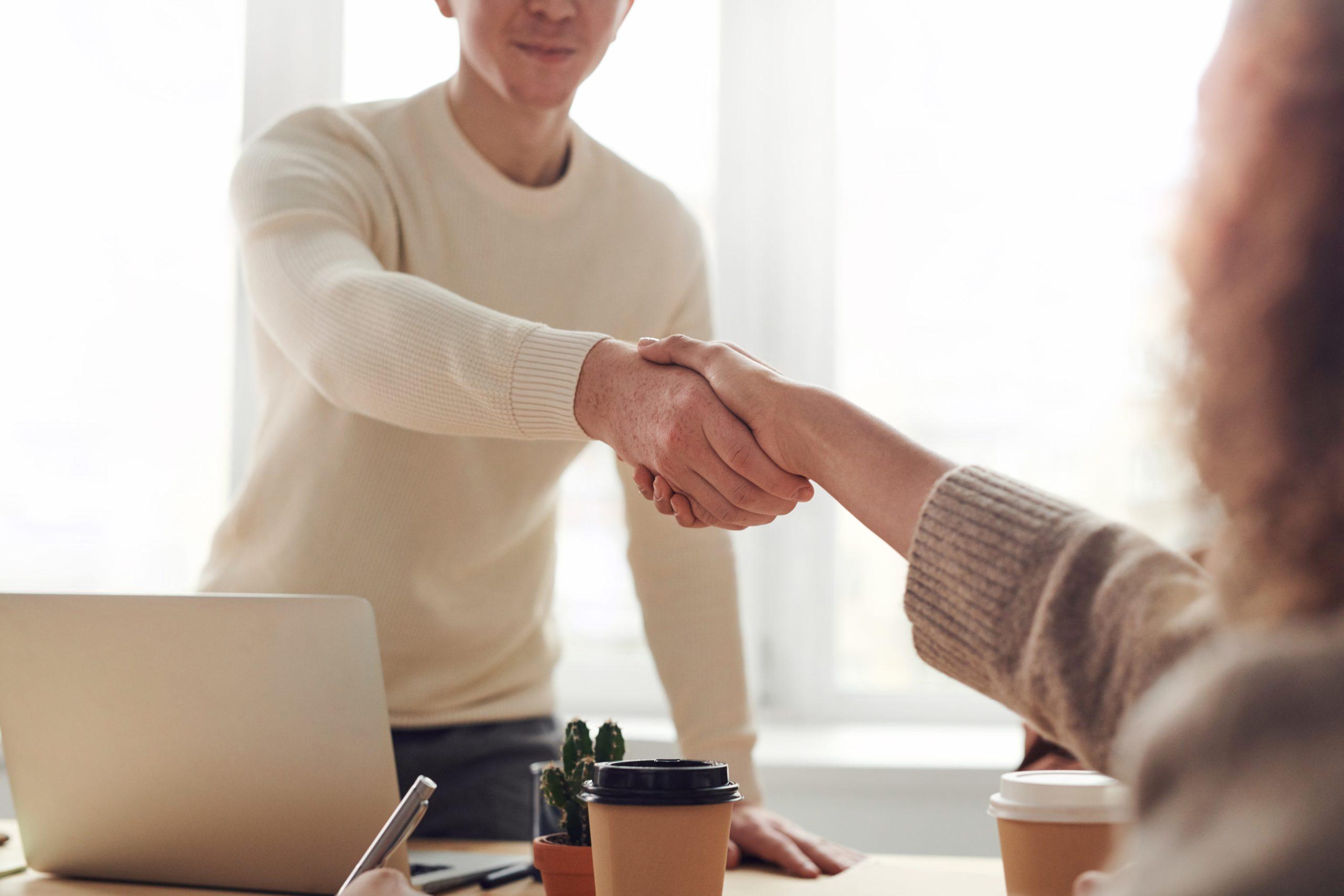 Réponse apportée par FIT in NETWORK® au besoin urgent de manager de transition spécialisé en Ressources humaines